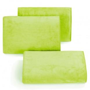 Rýchloschnúci svetlo zelený uterák do kúpeľne