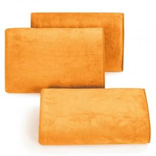 Rýchloschnúci oranžový uterák do kúpeľne