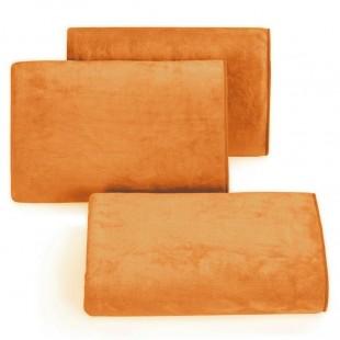 Rýchloschnúci tmavo oranžový uterák do kúpeľne