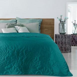 Tyrkysový zamatový prehoz na posteľ s kvetinovým vzorom