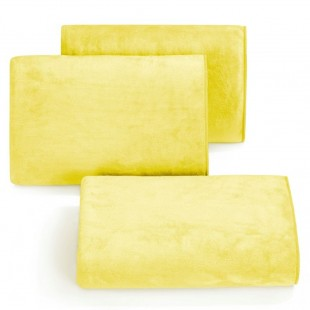 Rýchloschnúci žltý uterák do kúpeľne