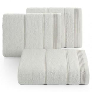 Krémový bavlnený uterák s ozdobným vzorom