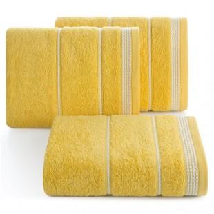 Žltý bavlnený uterák s bielym ozdobným vzorom
