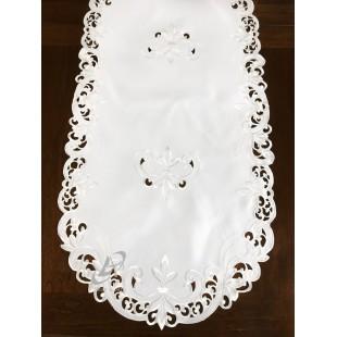 Biely dekoračný behúň s kvetinovým vzorom