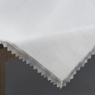 Biely dekoračný obrus so strieborným lemom