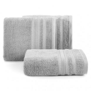 Tmavosivá osuška z česanej bavlny s ozdobnými pásmi