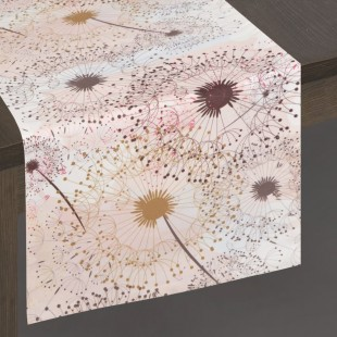 Bielo-hnedý dekoračný behúň s rastlinným motívom