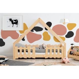 Detská drevená posteľ z borovicovej preglejky v tvare domčeka