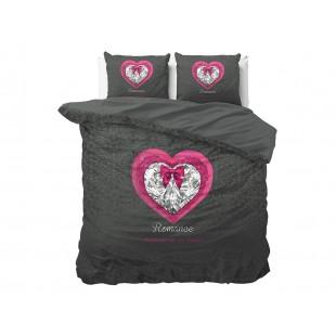 Čierna posteľná obliečka zo syntetickej bavlny so srdiečkom