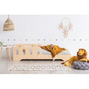 Detská posteľ z borovicového dreva