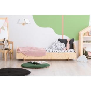 Detská drevená posteľ z borovicového dreva