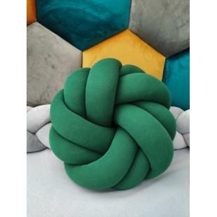 Pletený bavlnený tmavozelený vankúšik v tvare futbalovej lopty