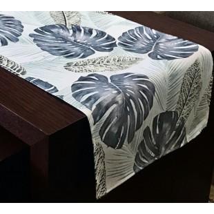 Sivý dekoračný behúň s rastlinným motívom
