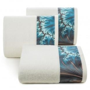 Krémový bavlnený kúpeľňový ručník s tyrkysovým vzorom