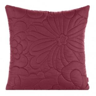 Tmavoružová obliečka na dekoračný vankúš s kvetinovým motívom