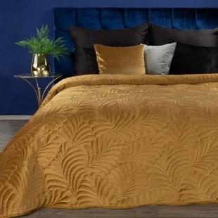 Žltý zamatový prehoz na posteľ so vzorom