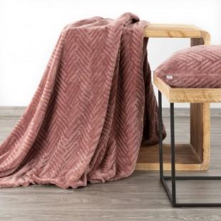 Ružová mäkká deka so vzorom