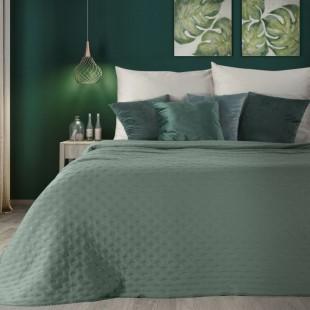 Zelený dekoračný prehoz na posteľ s prešívaním