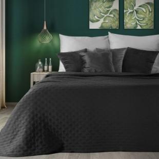 Čierny dekoračný prehoz na posteľ s prešívaním