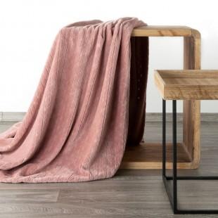 Ružová mäkká vzorovaná deka
