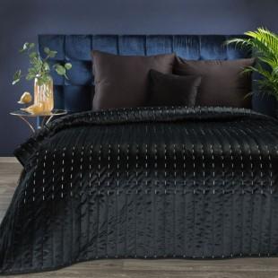 Čierny zamatový prehoz na posteľ s prešívaním