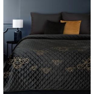 Čierny zamatový prehoz na posteľ so vzormi