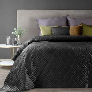 Čierny zamatový prehoz na posteľ s jemným vzorom