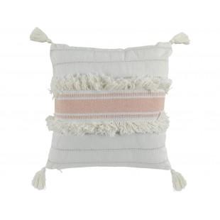 Biely bavlnený dekoračný vankúš zdobený strapčekmi