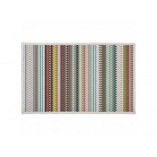 Farebný vzorovaný dekoračný koberček