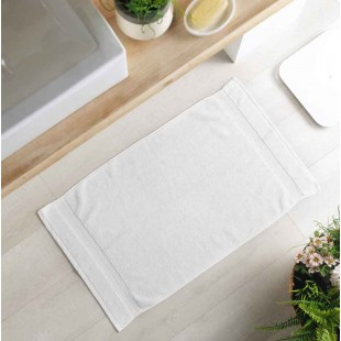 Biely bavlnený kúpeľňový koberček
