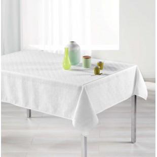 Biely vzorovaný obrus na stôl