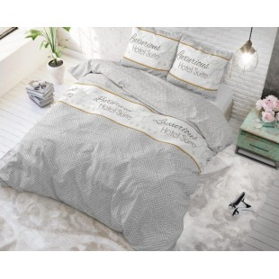 Sivá bavlnená vzorovaná posteľná obliečka s nápisom