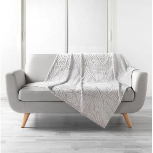 Krémová plyšová deka so vzorom lístočkov