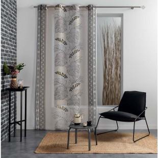 Béžová záclona so vzorom a rastlinným motívom