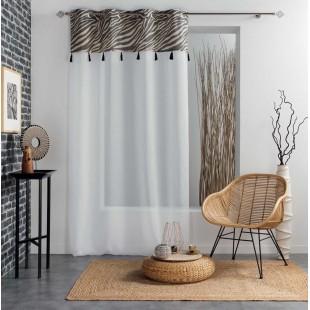 Biela priehľadná záclona so vzorom a strapčekmi