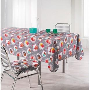Sivý obrus na stôl s koláčikmi