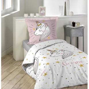 Biela vzorovaná posteľná obliečka s jednorožcom