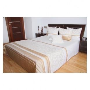 Bielo kapučínový prehoz na posteľ s elegantným vzorom