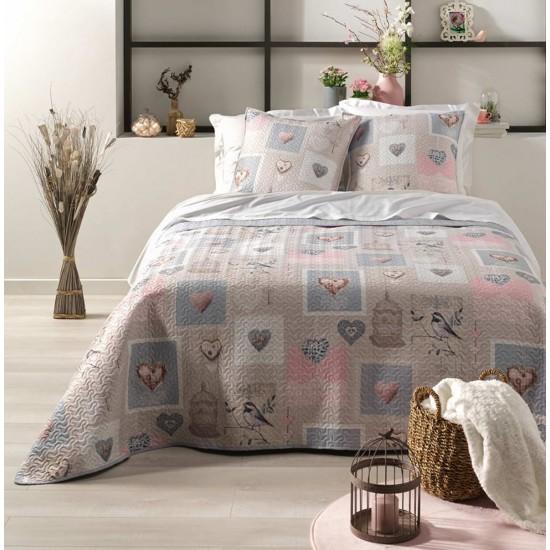 Béžový vzorovaný prehoz na posteľ s obliečkami na vankúš