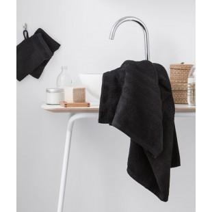 Čierny jednofarebný kúpeľňový ručník