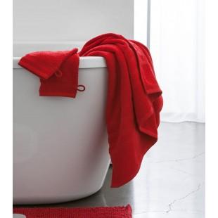 Červený jednofarebný kúpeľňový ručník