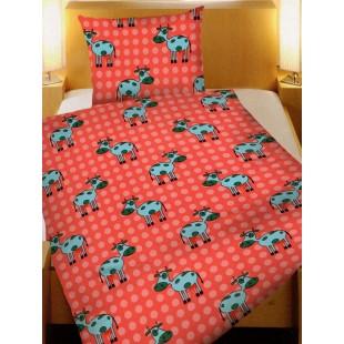 Červená bodkovaná posteľná obliečka s kravičkami