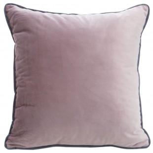 Ružová zamatová obliečka na vankúš s ozdobným lemom
