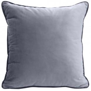 Sivá zamatová obliečka na vankúš s ozdobným lemom