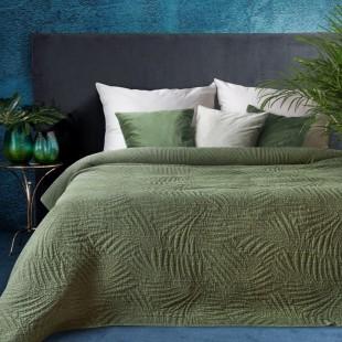 Tmavozelený elegantný dekoračný prehoz na posteľ s prešívaním