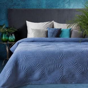 Modrý elegantný dekoračný prehoz na posteľ s prešívaním