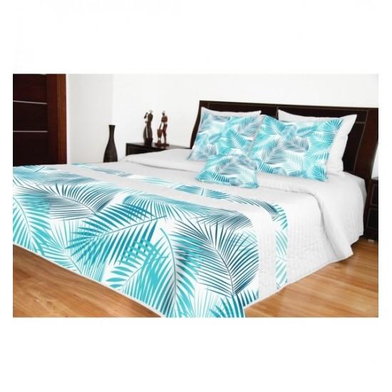 Biely prešívaný prehoz na posteľ s modrými listami