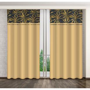 Žltý záves s tmavomodrým pásom a zlatým rastlinným motívom