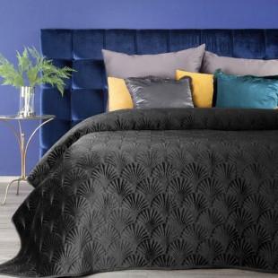 Čierny zamatový prehoz na posteľ s prešívaným vzorom