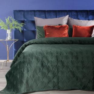 Tmavozelený zamatový prehoz na posteľ s prešívaným vzorom